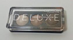 Produktbild zu Catrice Deluxe Trio Eyeshadow – Farbe: 010 Antique C'est Très Chic