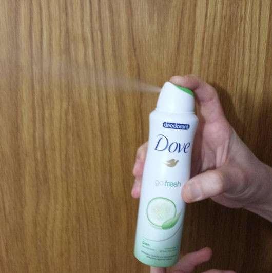 test deodorant dove go fresh deodorant spray gr ner tee gurkenduft ohne aluminiumsalze. Black Bedroom Furniture Sets. Home Design Ideas