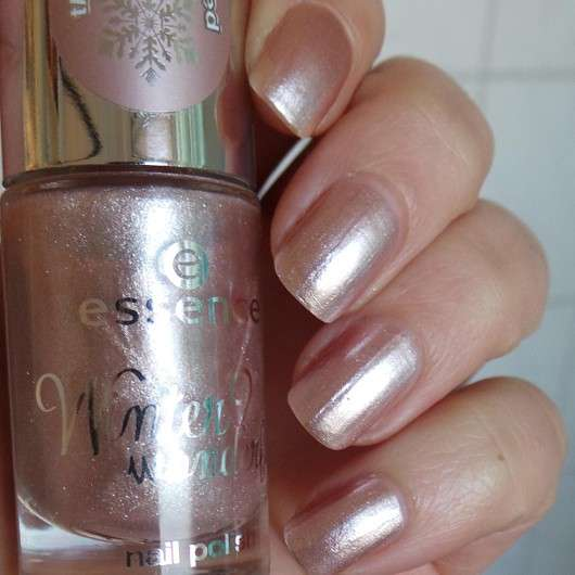 essence winter? wonderful! nail polish, Farbe: 04 the crystallized (LE)