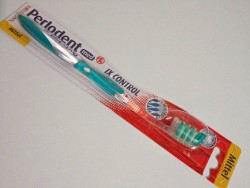 Produktbild zu Perlodent med IX-Control Zahnbürste