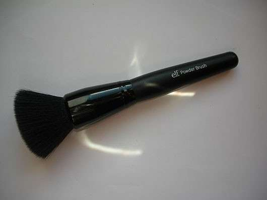 <strong>e.l.f. Cosmetics</strong> Powder Brush