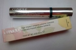 Produktbild zu Clinique High Impact Extreme Volume Mascara – Farbe: 01 Extreme Black
