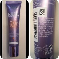 Produktbild zu L'ORÉAL PARiS Nude Magique Blur Cream (Hell bis mittel)