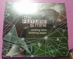 Produktbild zu p2 cosmetics the future is mine cooling mint blotting paper (LE)