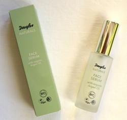 Produktbild zu Douglas Naturals Face Serum