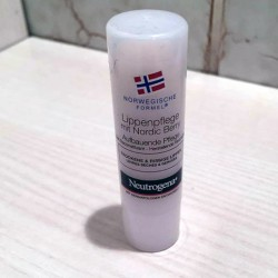 Produktbild zu Neutrogena Norwegische Formel Lippenpflege mit Nordic Berry