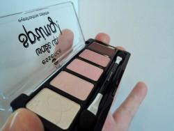 Produktbild zu essence wake up, spring! eyeshadow palette (LE)