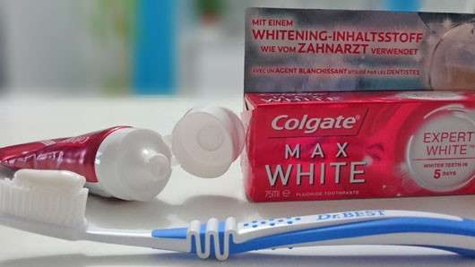 <strong>Colgate</strong> Max White Expert White Zahncreme