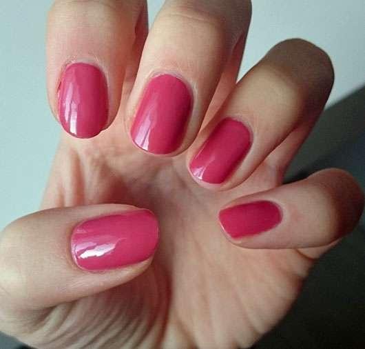 test nagellack essence the gel nail polish farbe 48. Black Bedroom Furniture Sets. Home Design Ideas