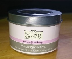 """Produktbild zu Wellness & Beauty Massageölkerze """"traumhaft beschwingt"""""""