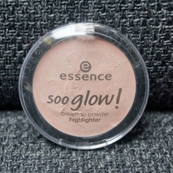 Produktbild zu essence soo glow! cream to powder highlighter – Farbe: 20 bright up your life