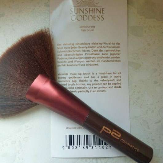 p2 sunshine goddess contouring fan brush (LE)