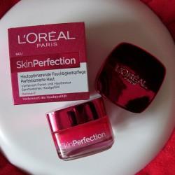 Produktbild zu L'ORÉAL PARiS SkinPerfection Hautoptimierende Feuchtigkeitspflege