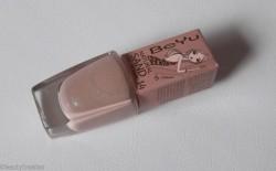 Produktbild zu BeYu Natural Sand Nail Lacquer – Farbe: 14 Bronze Gold (LE)