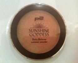 Produktbild zu p2 cosmetics sunshine goddess daily defense summer powder – Farbe: 020 sun tanned (LE)
