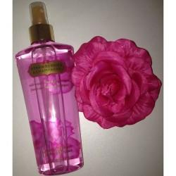 Produktbild zu Victoria's Secret Strawberries & Champagne Fragrance Mist