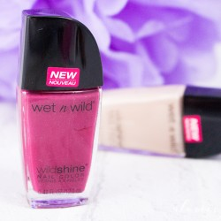 Produktbild zu wet n wild Wild Shine Nail Color – Farbe: E487E Grape Minds Think Alike