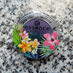Produktbild zu essence exit to explore eyeshadow – Farbe: 02 queen of the amazons (LE)