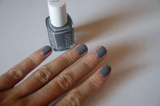 test nagellack essie nagellaessie nagellack farbe 77 chinchilly testbericht von cupcaribo. Black Bedroom Furniture Sets. Home Design Ideas