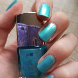 Produktbild zu p2 cosmetics dive into beauty paradise reef nail polish – Farbe: 040 emerald sea (LE)