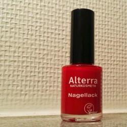 Produktbild zu Alterra Naturkosmetik Nagellack – Farbe: 03 Real Red
