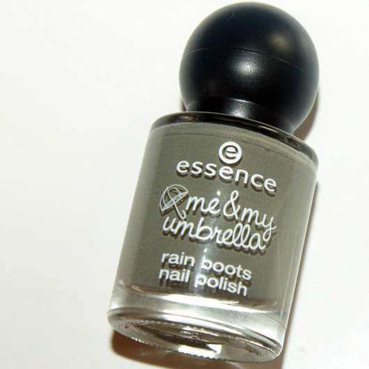 essence me & my umbrella rain boots nail polish, Farbe: 03 take me to the clouds (LE)