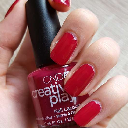 CND CREATIVE PLAY Nail Lacquer, Farbe: Berry Busy