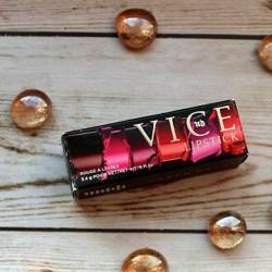 Produktbild zu Urban Decay VICE Lipstick – Farbe: Unicorn (Comfort Matte Finish)