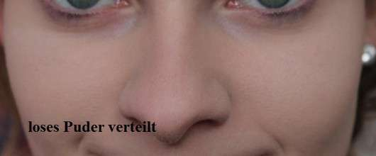 Nahaufnahme des Gesichts mit Douglas Make-up Tapered Blending Shadow Brush