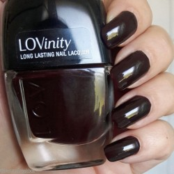 Produktbild zu L.O.V LOVinitiy Long Lasting Nail Lacquer – Farbe: 250 Deep-Red Drama