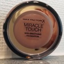 Max Factor Miracle Touch Foundation, Farbe: 070 Natural