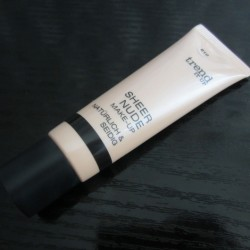 Produktbild zu trend IT UP Sheer Nude Make-up – Farbe: 010