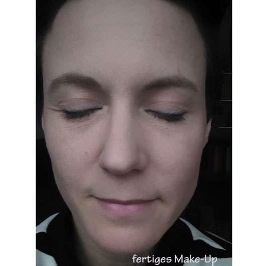 M. Asam Magic Mousse Make-Up - Gesicht ganz geschminkt