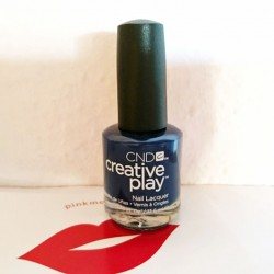 Produktbild zu CND CREATIVE PLAY Nail Lacquer – Farbe: Navy Brat