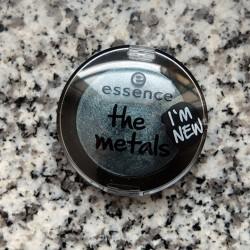 Produktbild zu essence the metals eyeshadow – Farbe: 04 deep sea shimmer