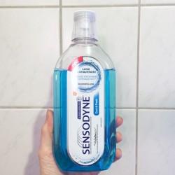 Produktbild zu Sensodyne Mundspülung Cool & Fresh