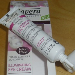 Produktbild zu lavera Naturkosmetik Illuminating Eye Cream