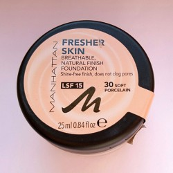 Produktbild zu MANHATTAN Fresher Skin Foundation – Farbe: 30 Soft Porcelain