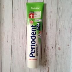 Produktbild zu Perlodent med Kräuter Zahncreme