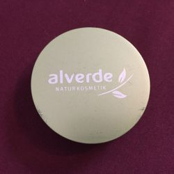 Produktbild zu alverde Naturkosmetik Kompakt Make-up – Farbe: 020 honig-gold