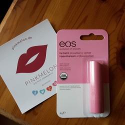Produktbild zu eos Smooth Spheres Organic Lip Balm – Sorte: Strawberry Sorbet