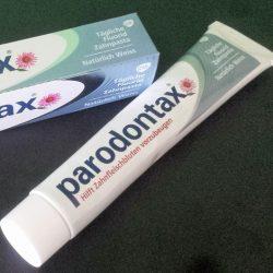 """Produktbild zu Parodontax Tägliche Fluorid Zahnpasta """"Natürlich Weiss"""""""
