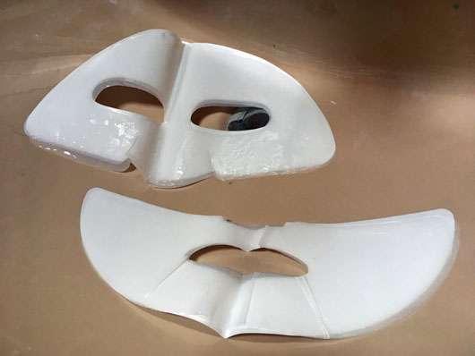 KONIVÉO Second Skin Face Mask HYDRA HEAVEN - Maske ausgepackt