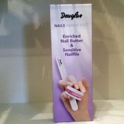 Produktbild zu Douglas nails hands feet Enriched Nail Butter & Sensitive Nailfile