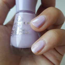Produktbild zu essence the gel nail polish – Farbe: 21 a whisper of spring