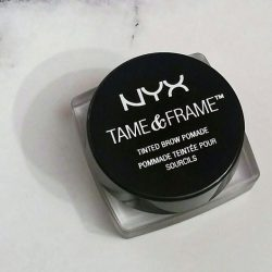 Produktbild zu NYX Tame & Frame Tinted Brow Pomade – Farbe: 04 Espresso