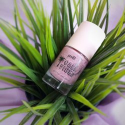 Produktbild zu p2 cosmetics cali vibes let's roll nail polish – Farbe: 010 cotton candy (LE)