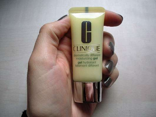 Clinique dramatically different moisturizing gel - Standtube