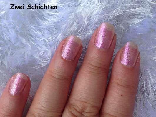 IsaDora Nail Glow, Farbe: 844 Pink Glow (LE) - zwei Schichten auf den Nägeln
