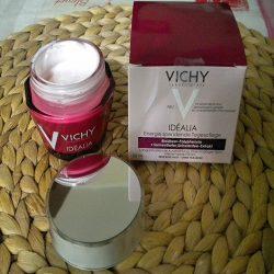 Produktbild zu VICHY IDÉALIA Energie spendende Tagespflege (für trockene Haut)